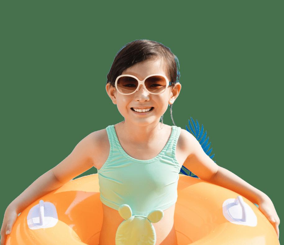 Little girl enjoy swimming