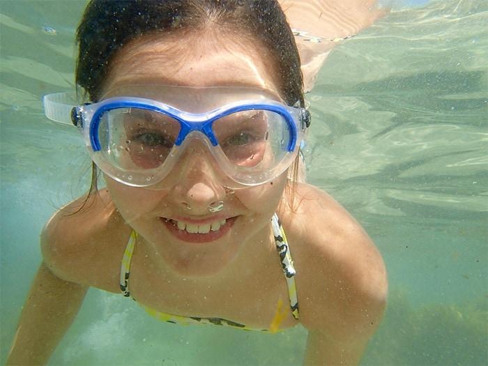 swimmingwithgoggles